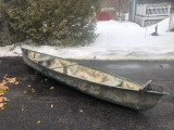 16' Canoe with motor and battery - [click here to zoom]